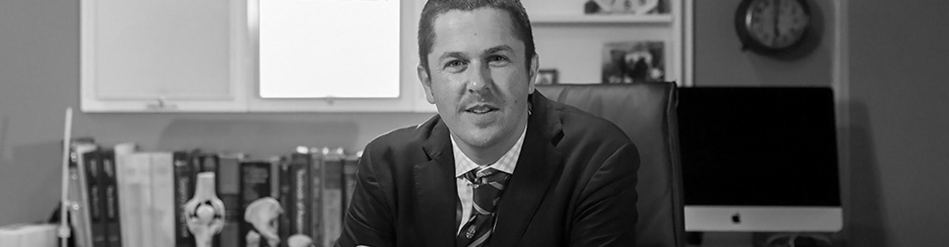 Dr Josh Hunt - Hand Surgeon, Newcastle - Home Slider 2